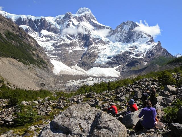 フランセス氷河を間近に望む展望地でランチタイム