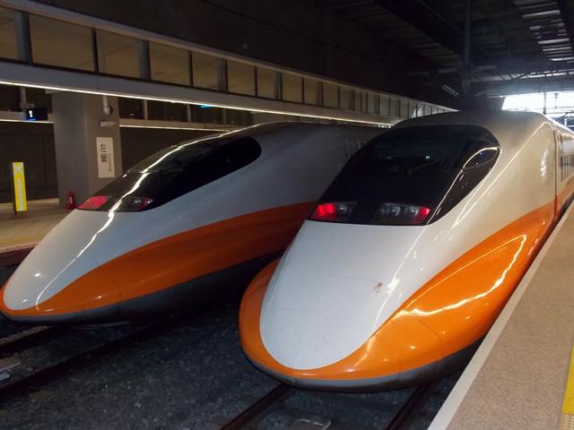 台湾新幹線に乗車