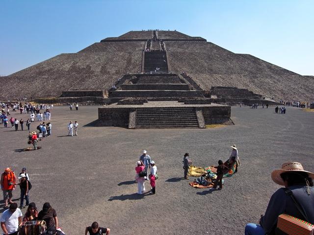 ティオティワカン遺跡、太陽のピラミッド