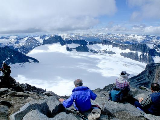 北欧最高峰ガルホピッゲンからの大展望