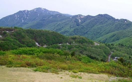 佐渡島最高峰・金北山へ続く稜線