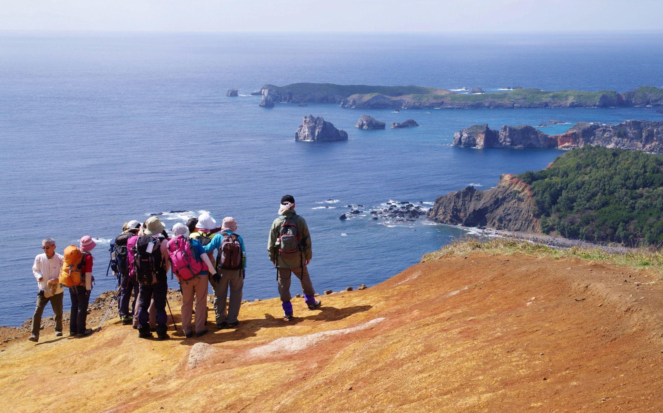 千尋岩から南島を望む