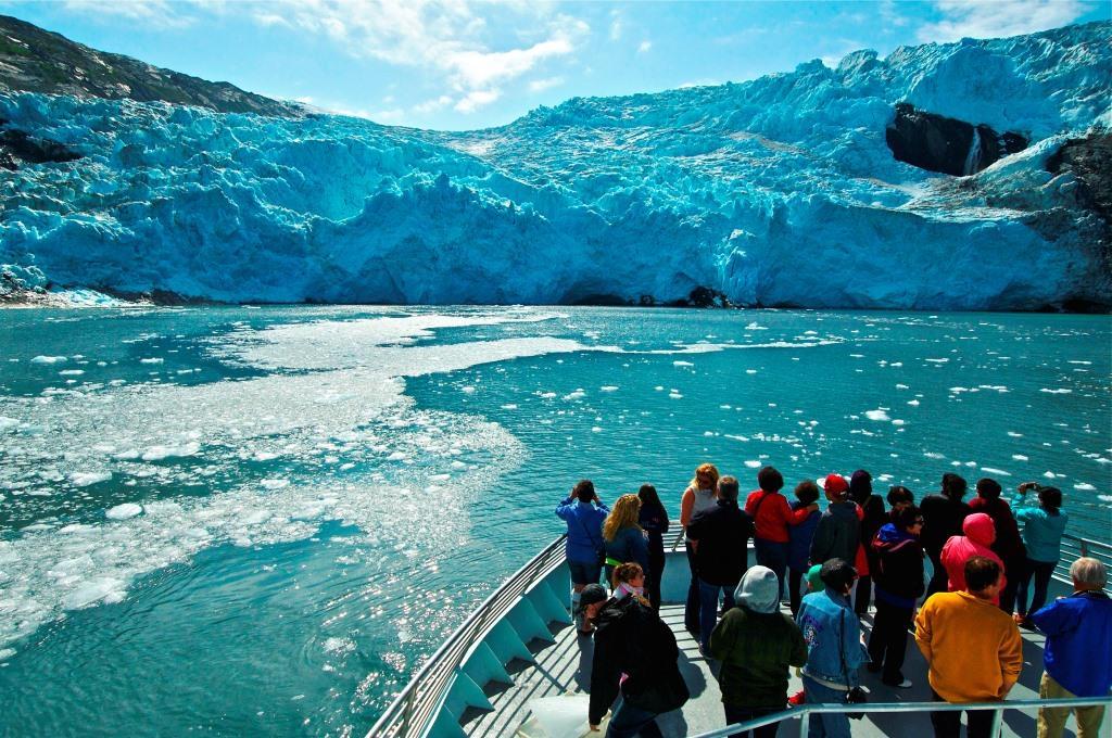 プリンスウィリアム湾での氷河クルーズ