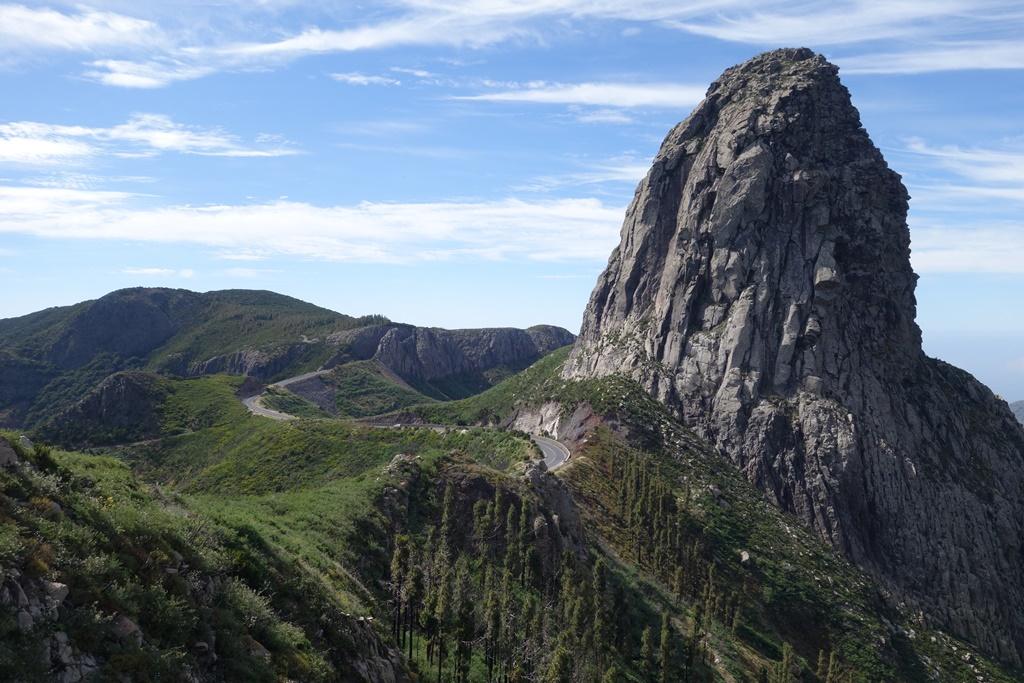 ゴメラ島アガンドの岩
