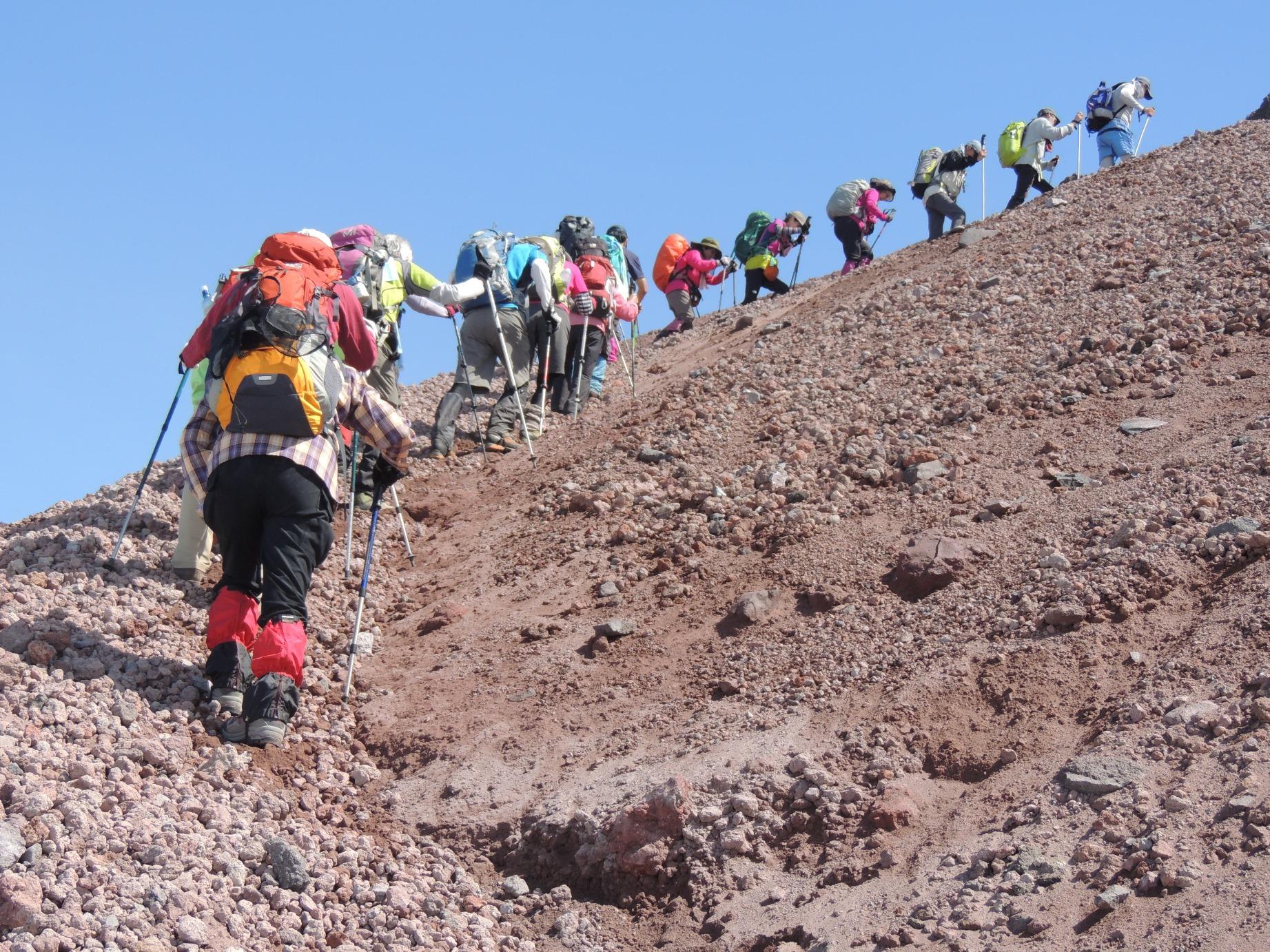 山頂直下の急登