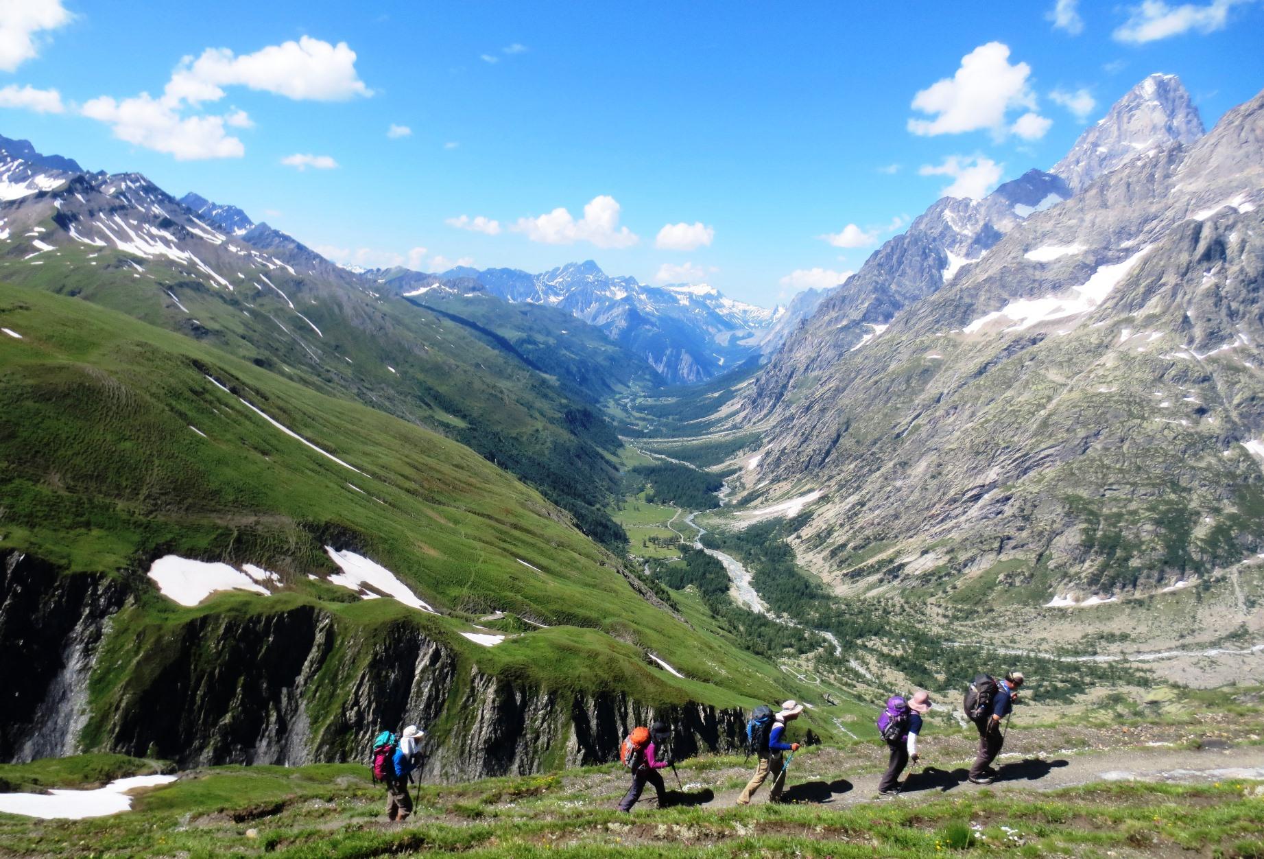 イタリア側の優美なフェレの谷を振り返る(8日目)