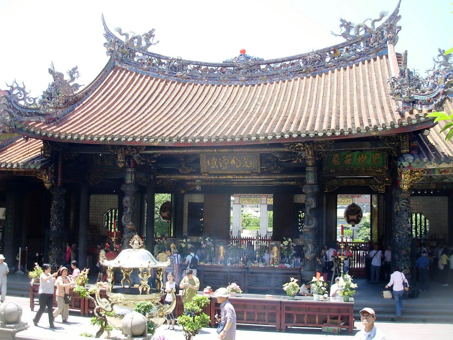 台北最古の寺院・龍山寺