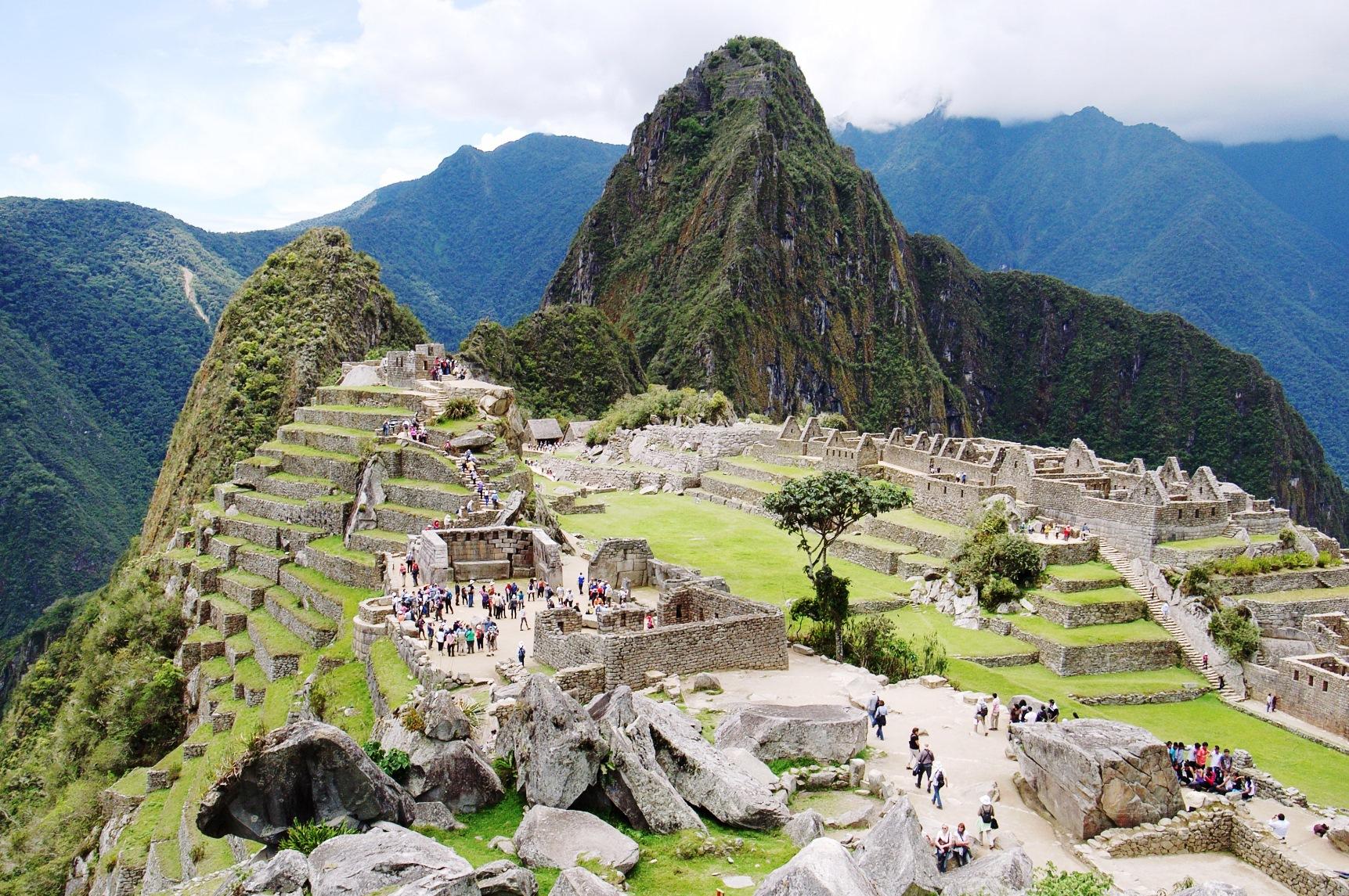 インカ時代そのままの姿が残るマチュピチュ遺跡