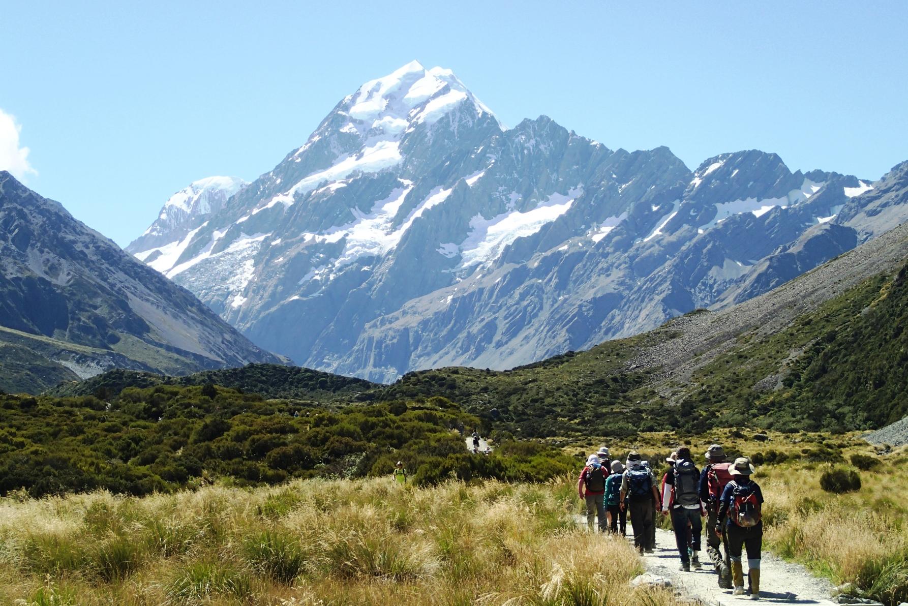 NZ最高峰Mt.クック(3,724m)の展望を楽しむフッカー谷ハイキング(6日目)
