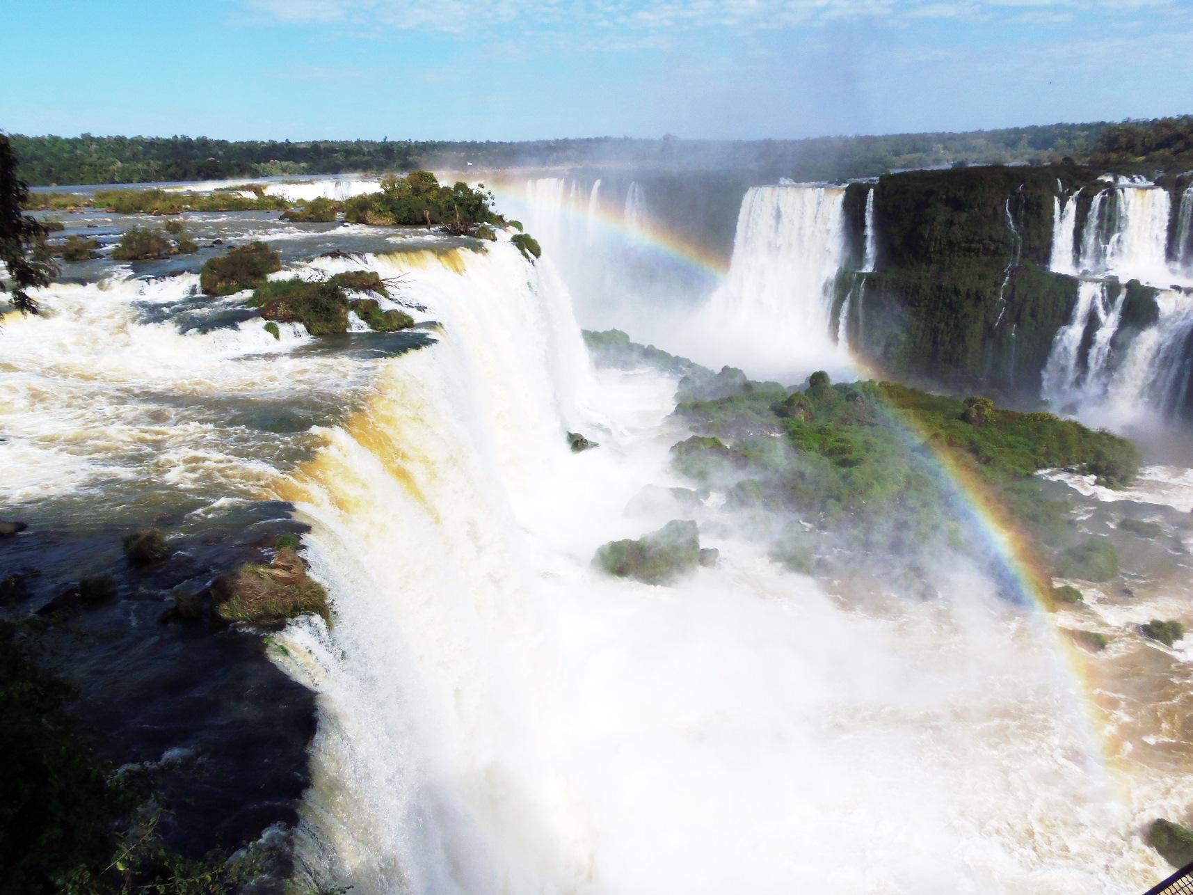 滝の大パノラマが広がるブラジル側の展望台(3日目)