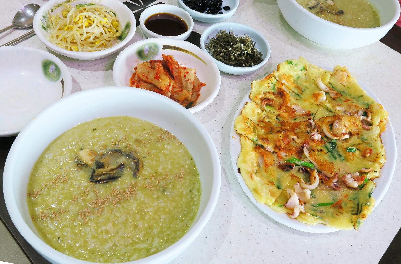あわび粥とチヂミ(4日目の昼食例)