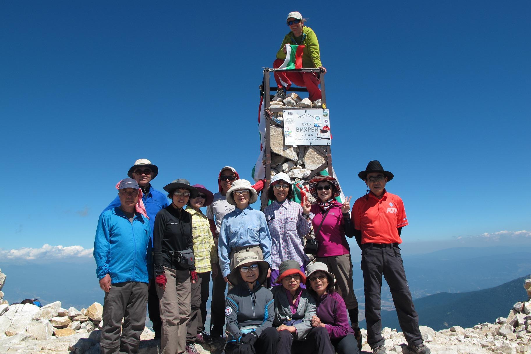 ビフレン山頂にて(2,914m/7日目)