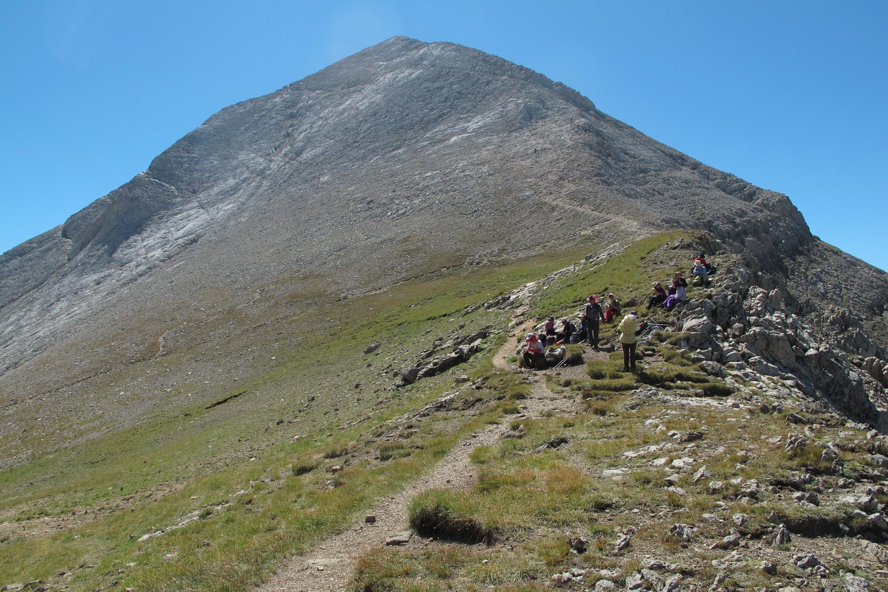 ブルガリア第二の高峰、ピラミダルな大理石の山のビフレン山(2,914m /7日目)