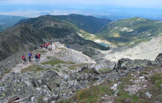 ブルガリアの最高峰ムサラ山(2,925m)の山頂を目指す(4日目)