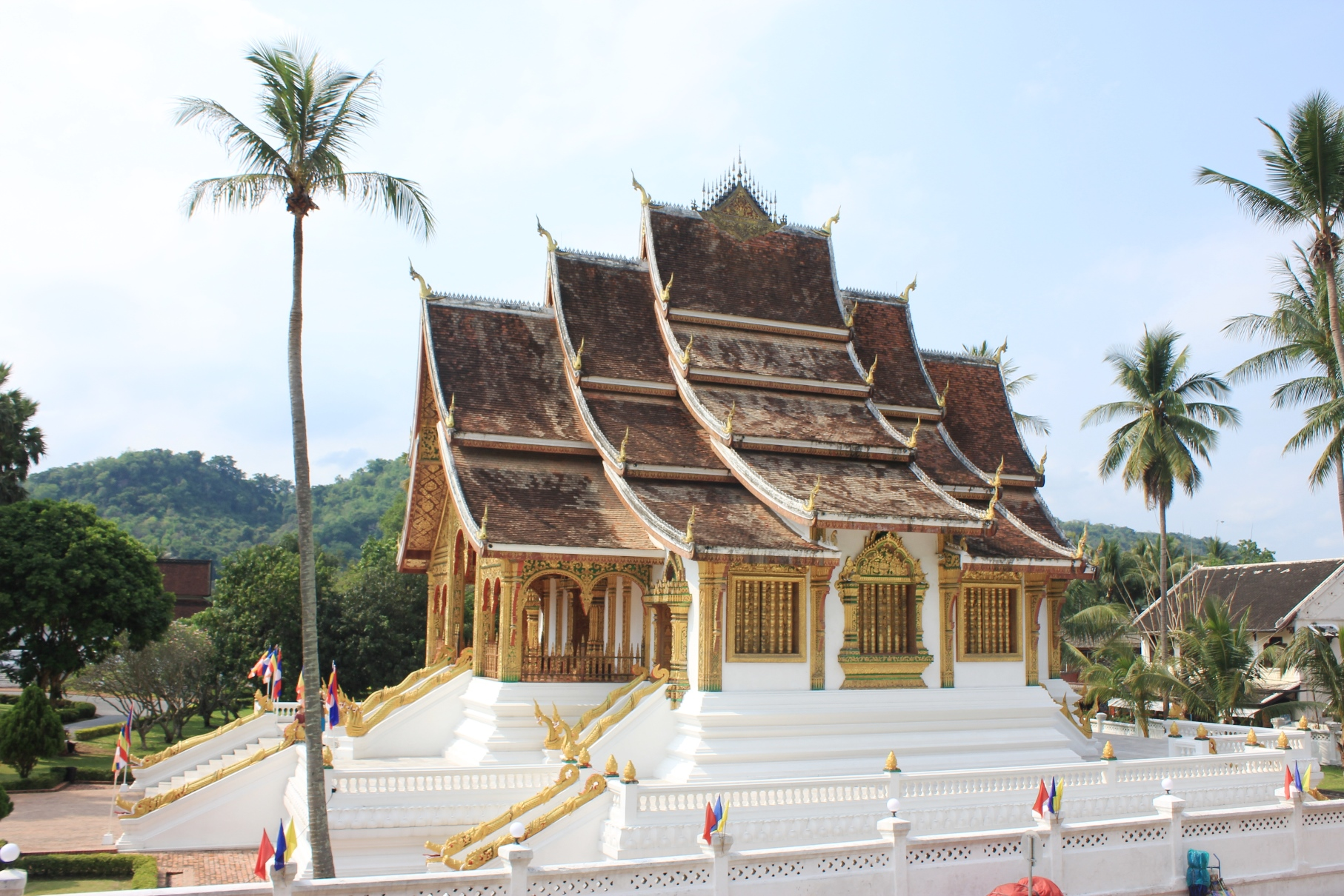 世界遺産都市ルアンパバーンを象徴する寺院ワット・シェントーン