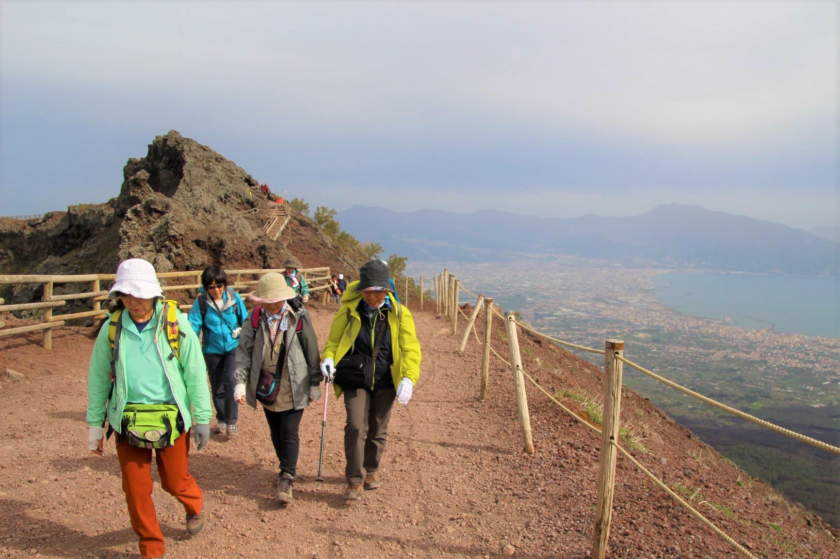ヴェスヴィオ山ハイキング(4日目)