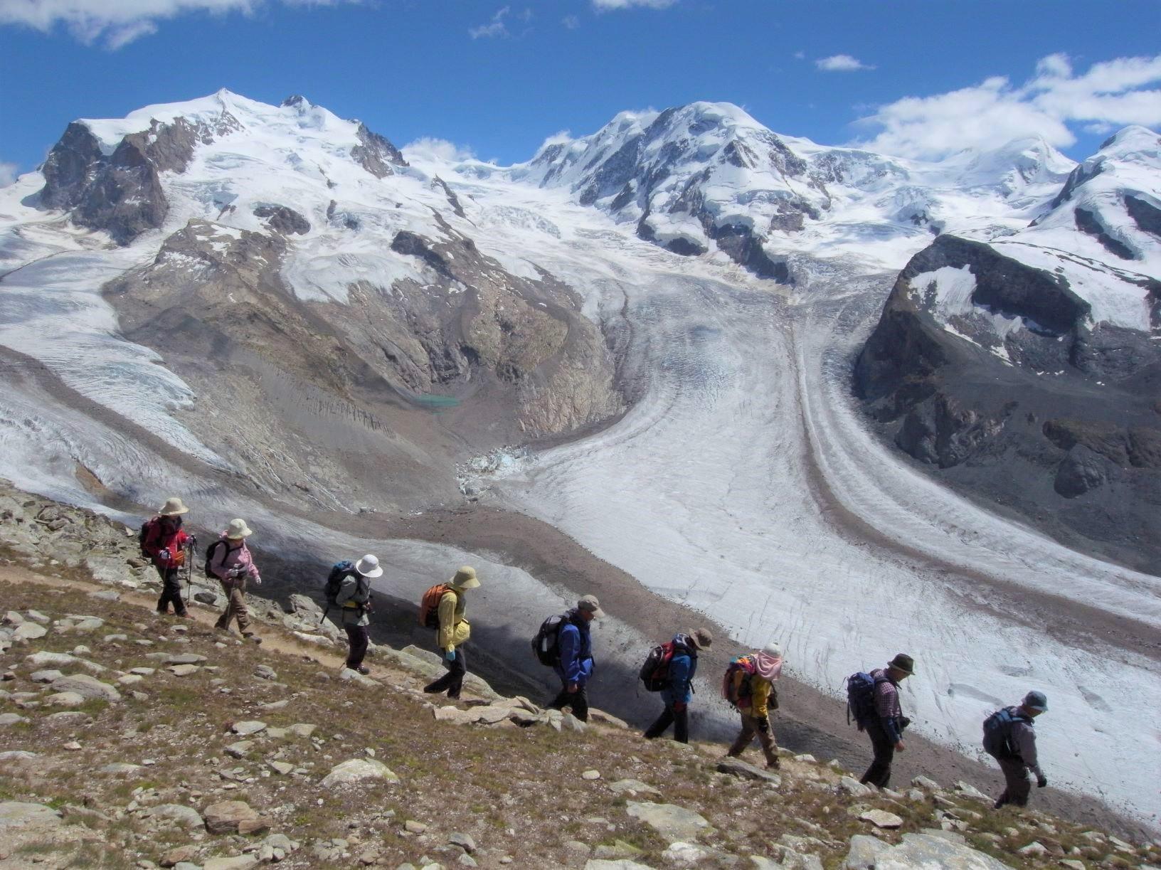 スイス・アルプスを代表するヴァリス山群のハイライトを満喫