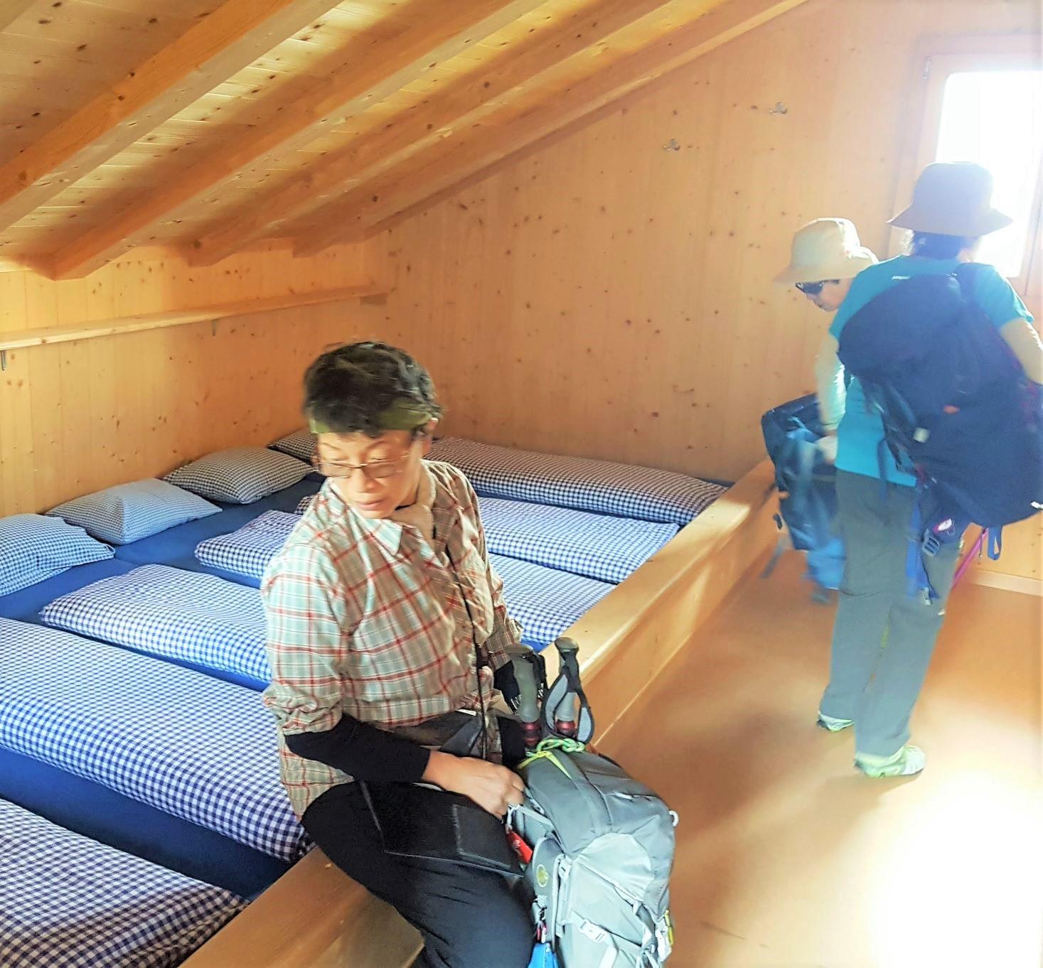 山小屋の寝室例(3日目)