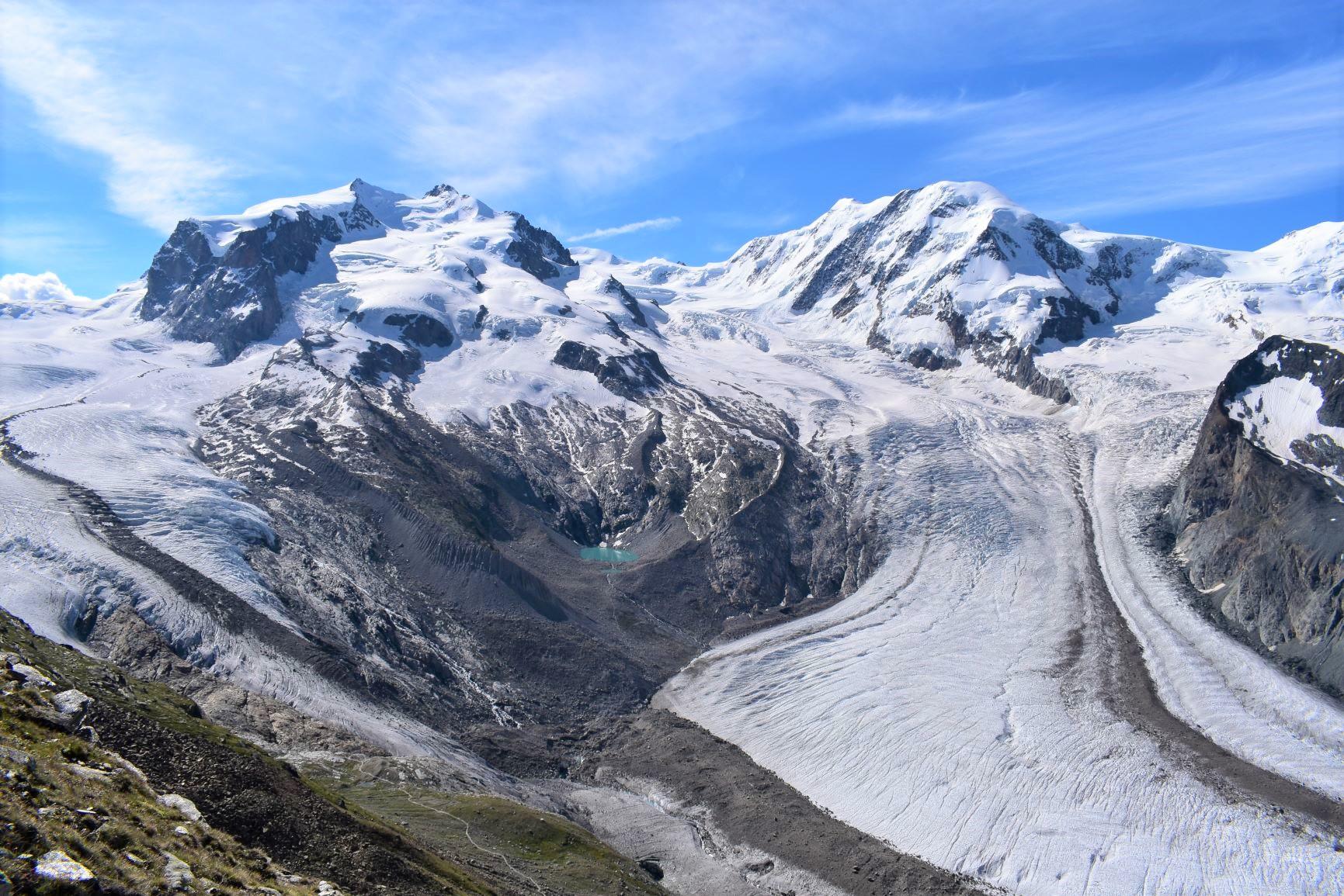 ゴルナーグラートから優美なゴルナー氷河を望む(5日目)