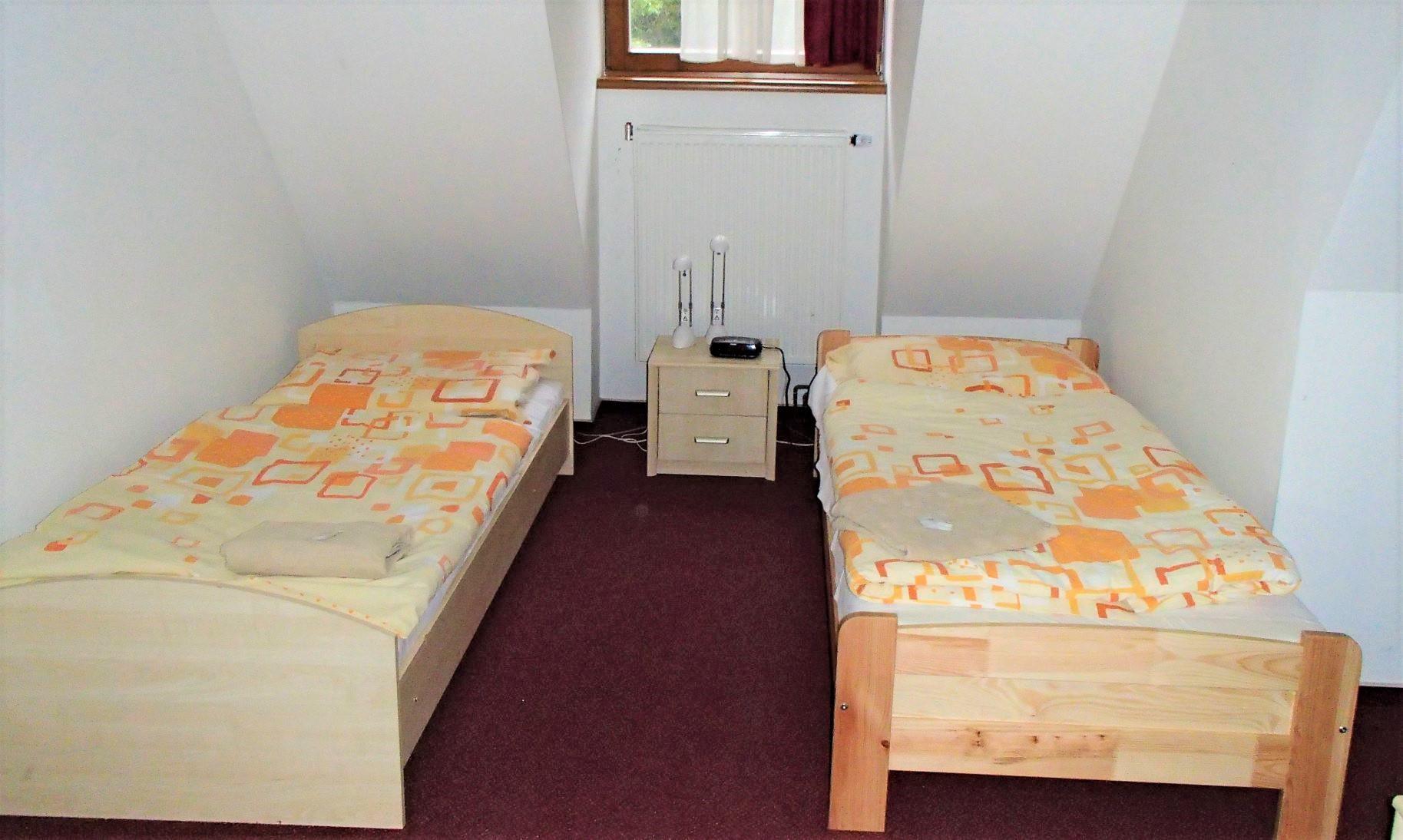 リシィ山麓のロッジの寝室例