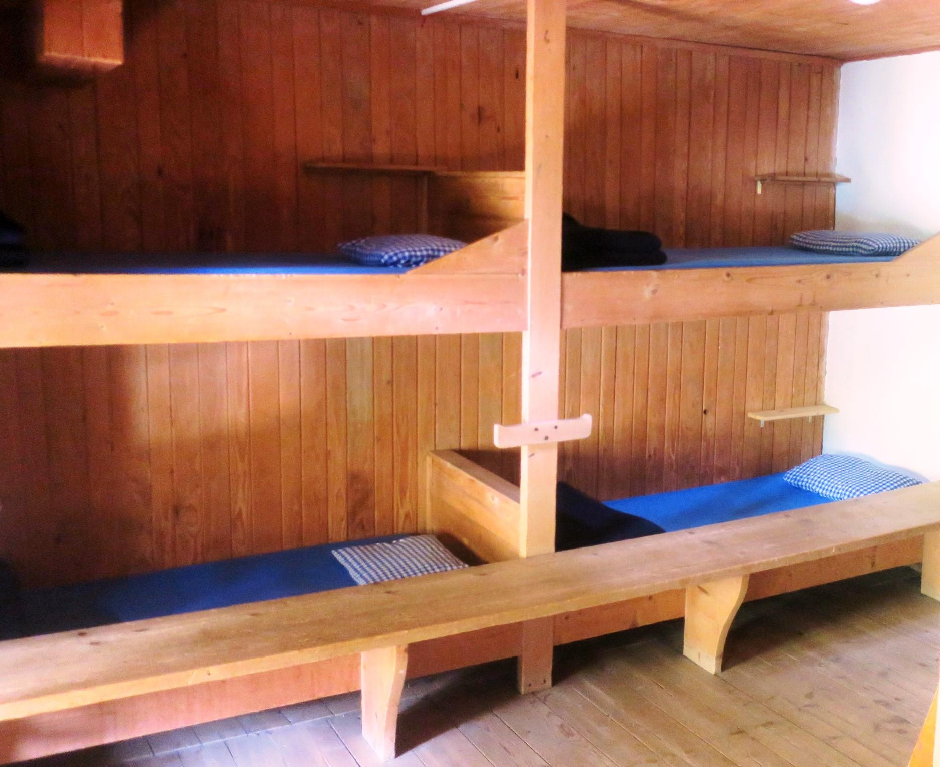 マルティンブッシュ小屋の寝室例(3・4日目)