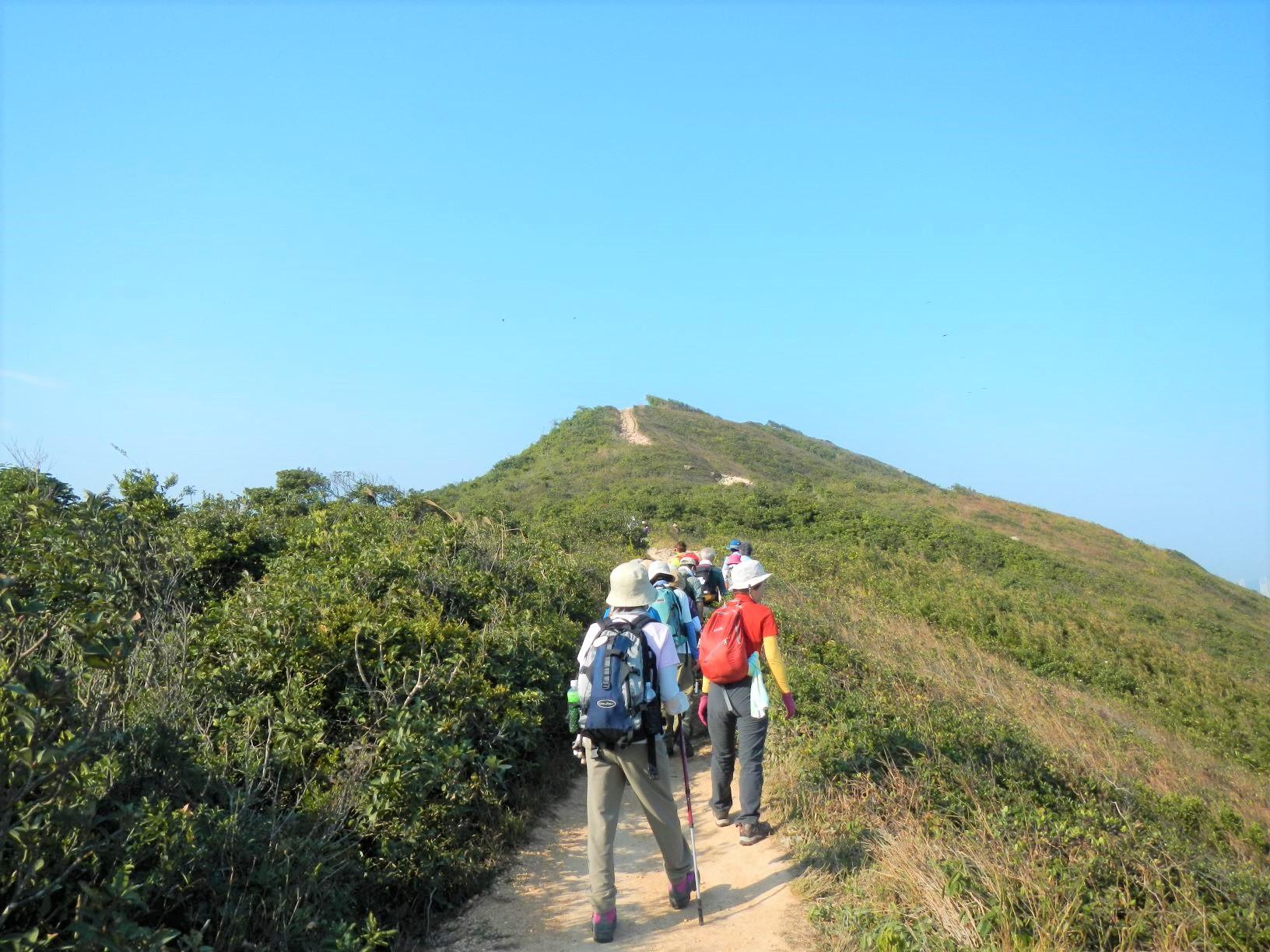 香港随一の人気を誇るドラゴンズバックのハイキング(3日目)