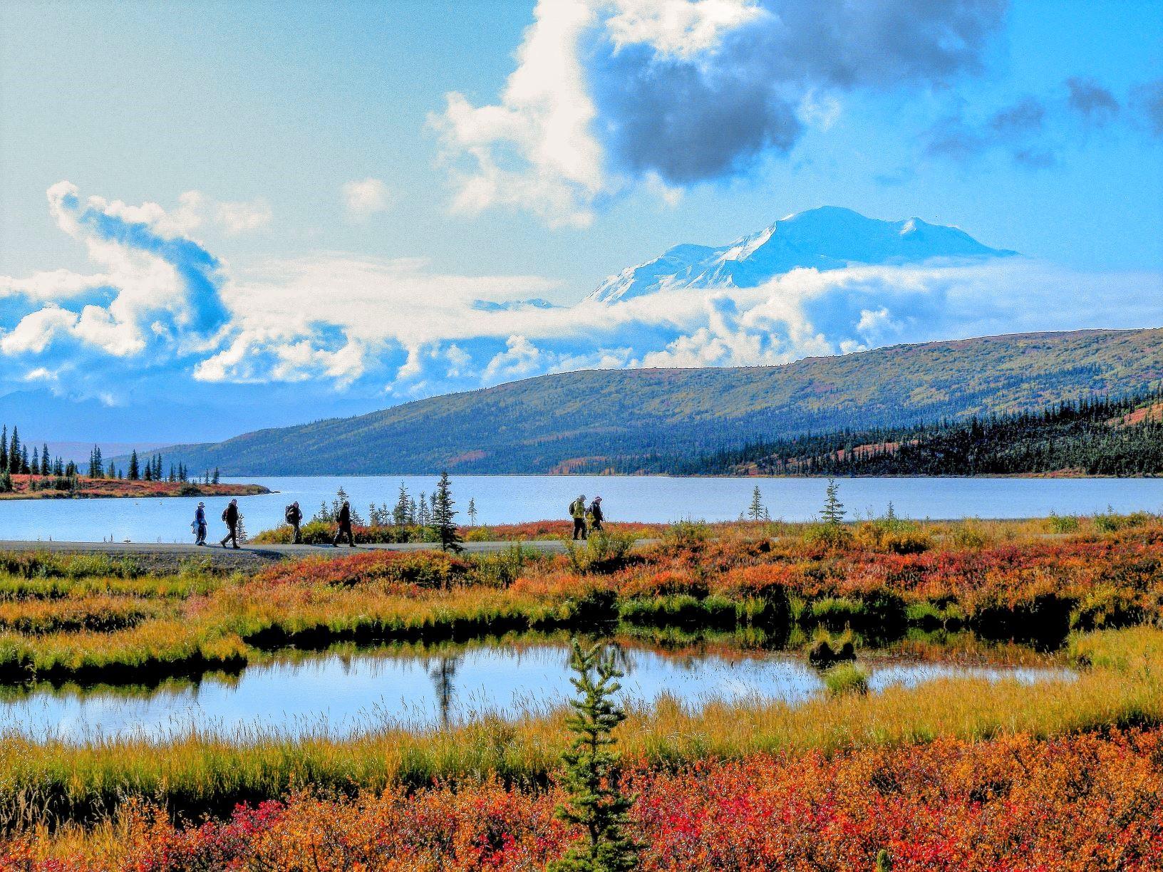 """""""偉大なるもの""""の名にふさわしい堂々たる山容の北米最高峰デナリ"""