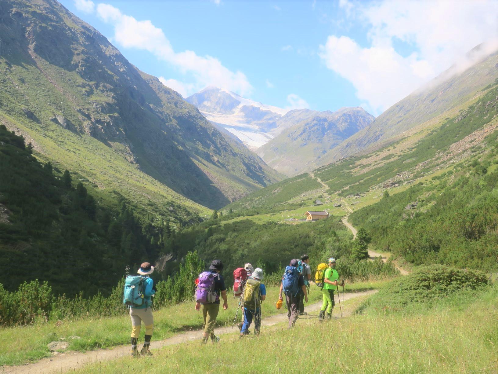 マルティンブッシュ小屋まで足慣らしハイキング(3日目)
