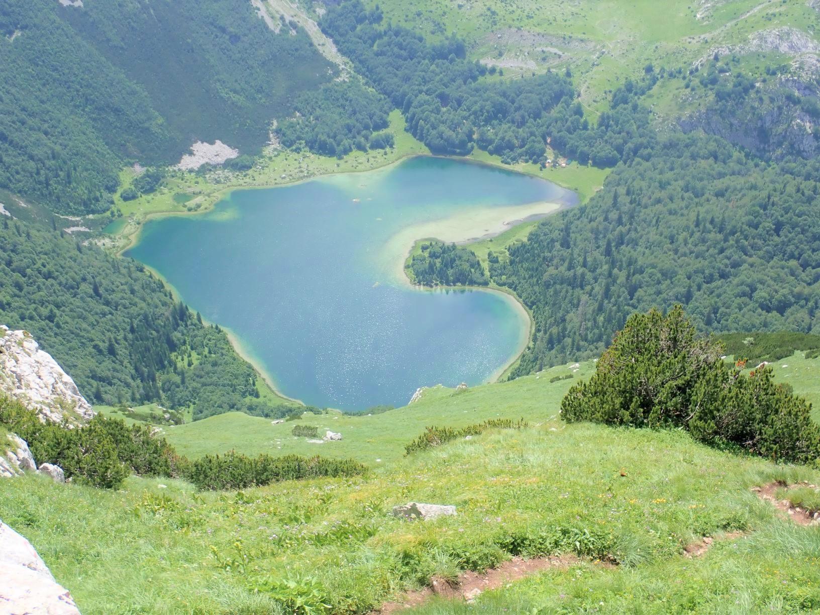 ハート型の湖トルノヴァチコ湖(6日目)