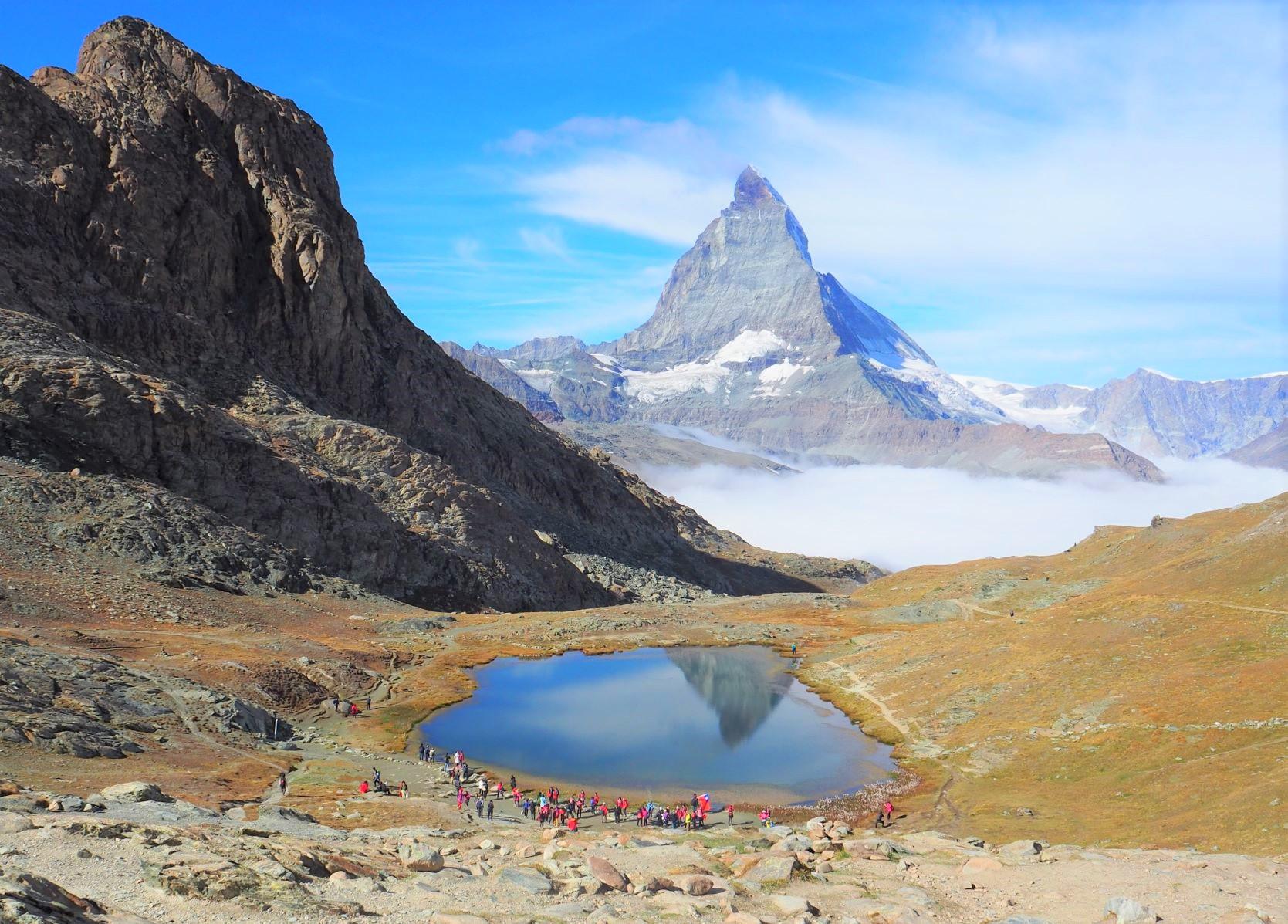 逆さマッターホルンで有名なリッフェル湖ハイキング(5日目)