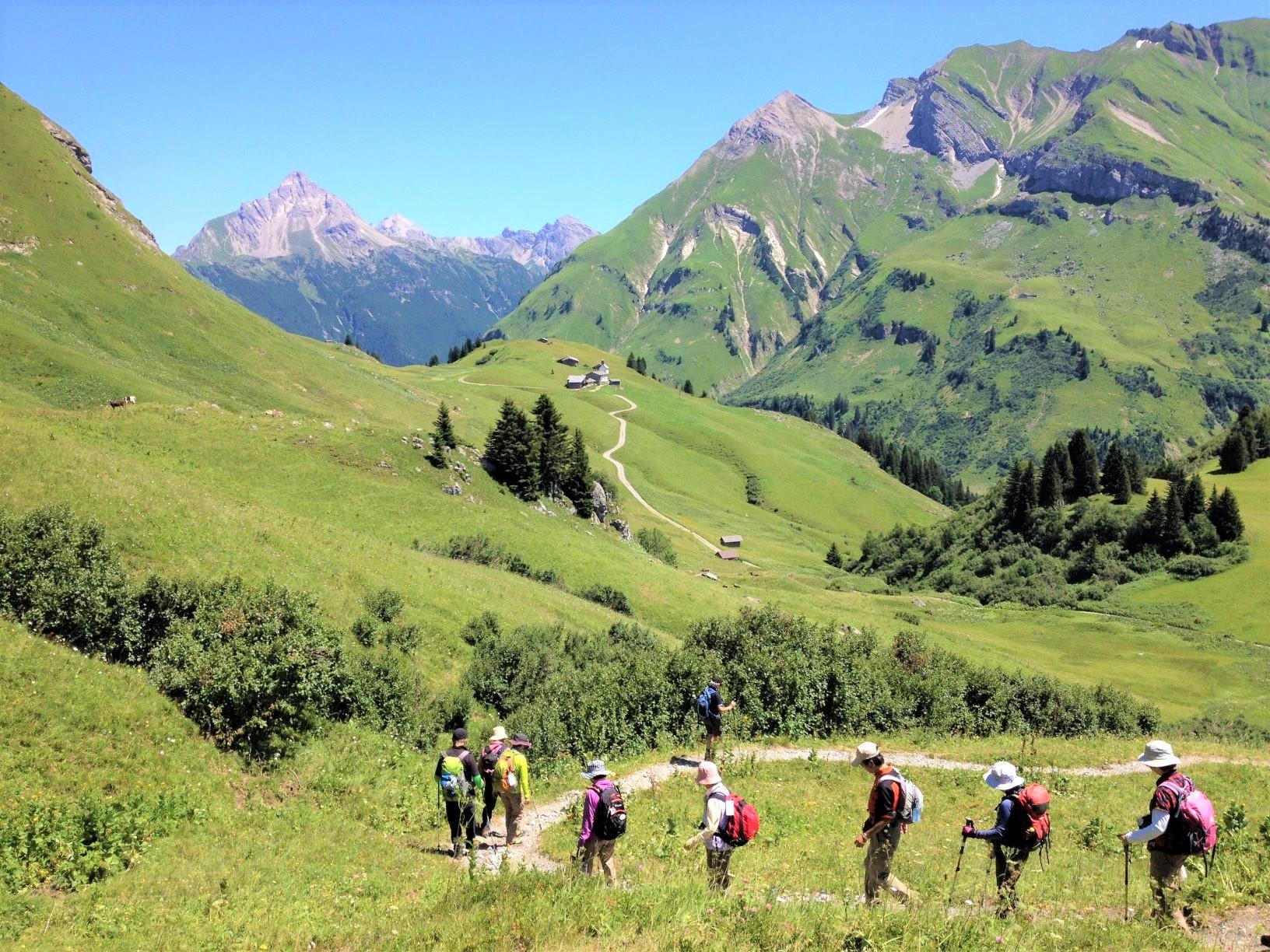 牧歌的な風景がひろがるレッヒでのハイキング(2日目)