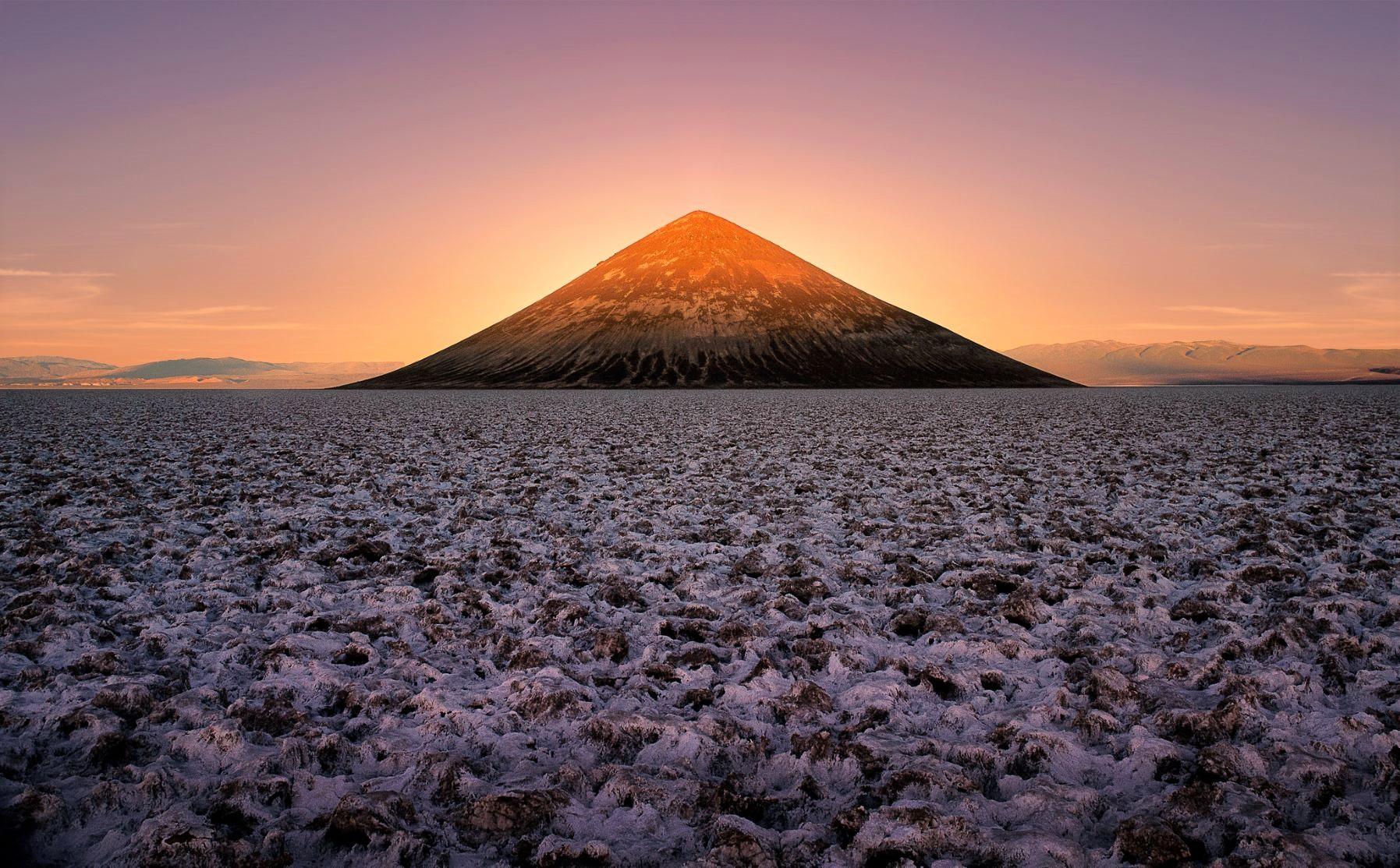 三角錐が美しい砂岩の丘コノ・デ・アリタ(10日目)