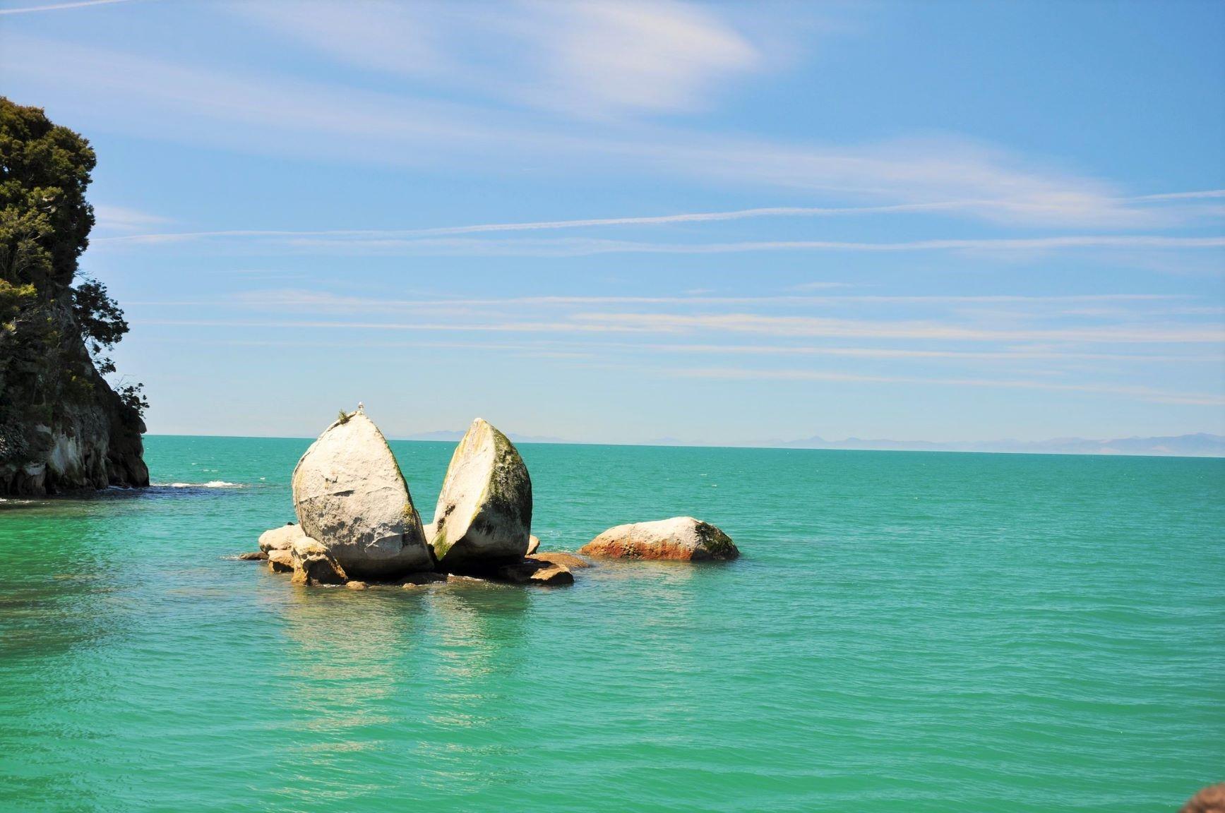 このエリアで有名な奇岩、スプリットアップルロック