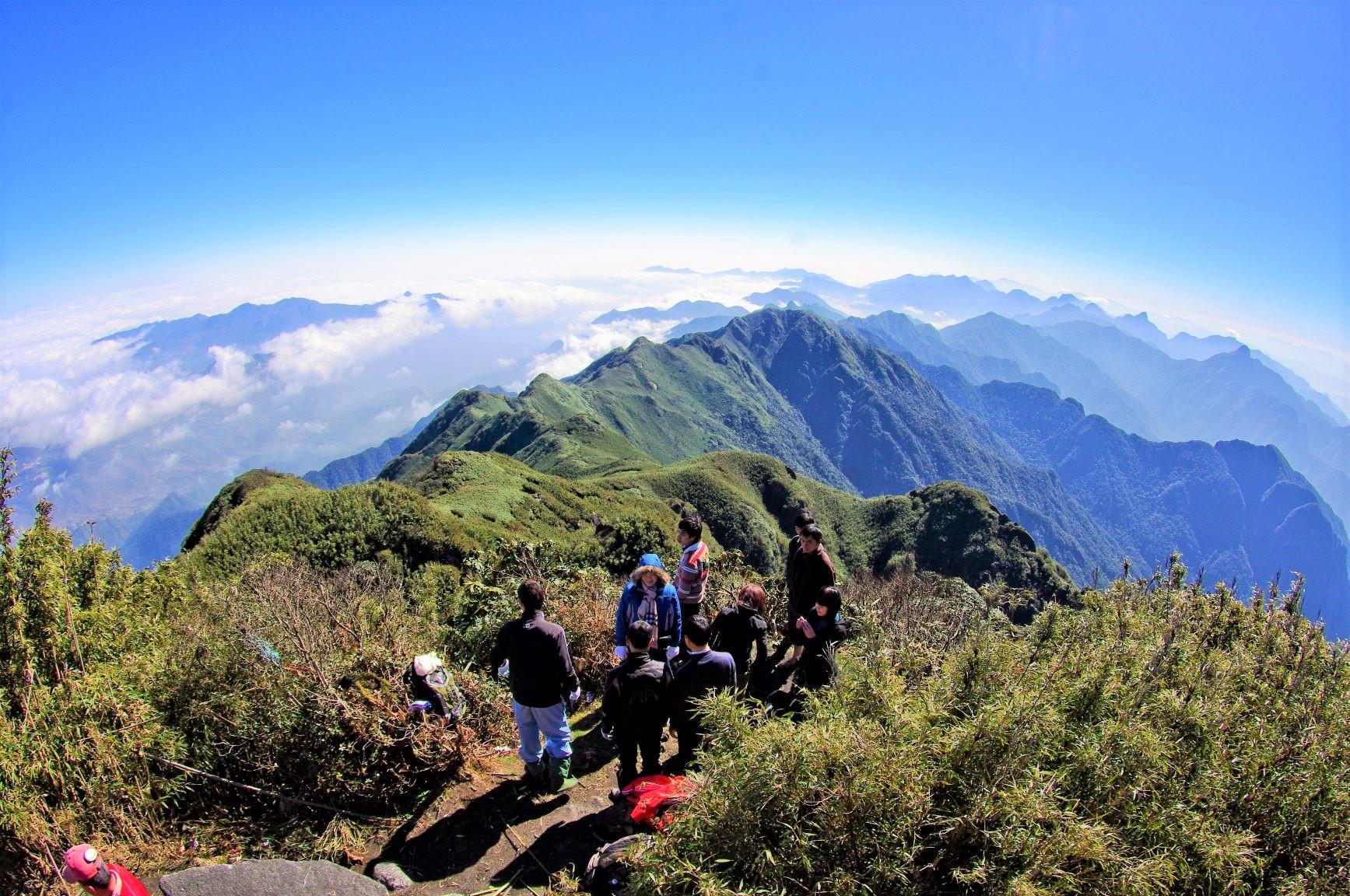 ファンシーパン山頂からの大展望(4日目)