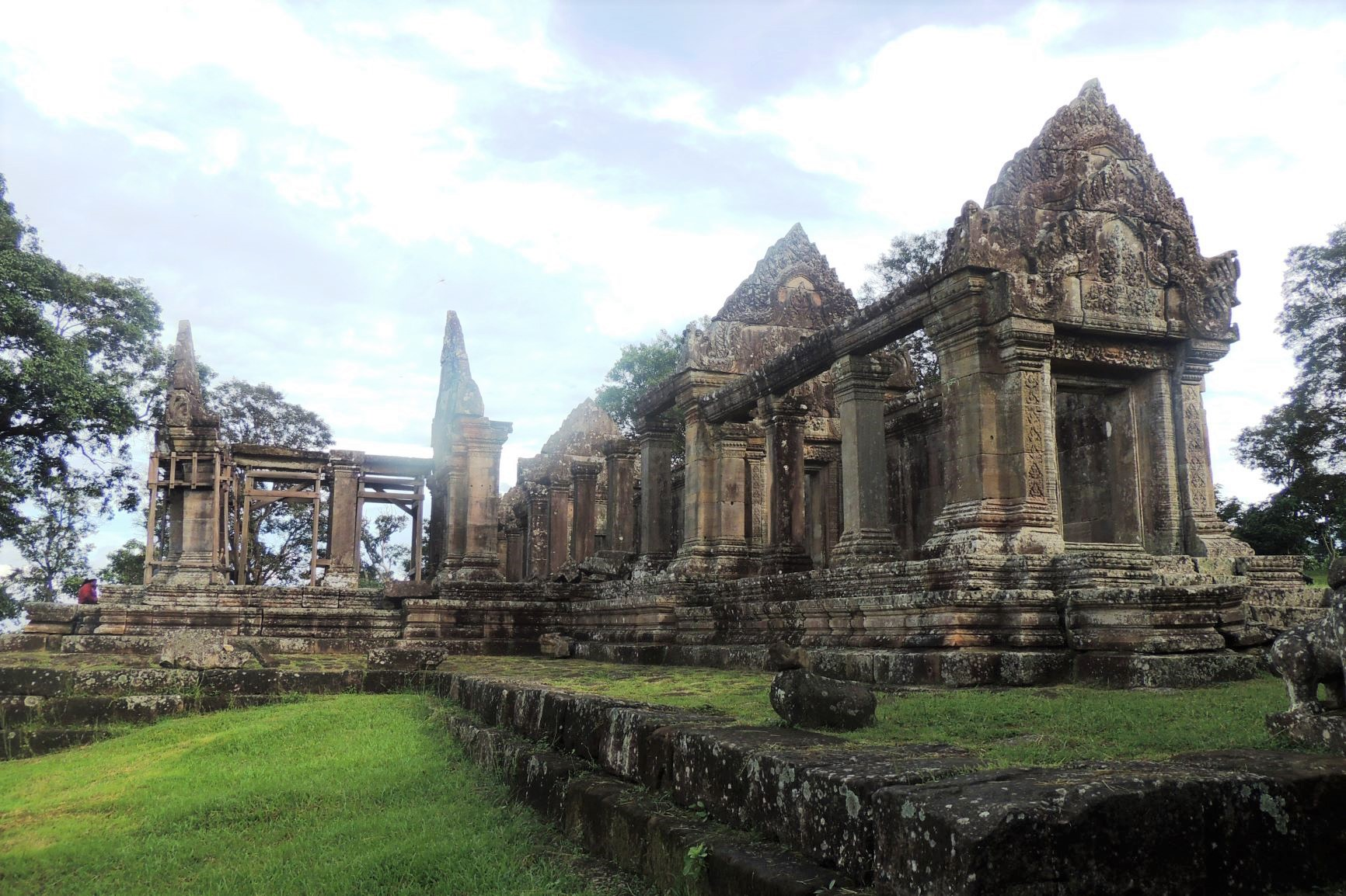 天空の寺院と称されるプレア・ヴィヘアの5つの塔門をゆっくり探訪(5日目)