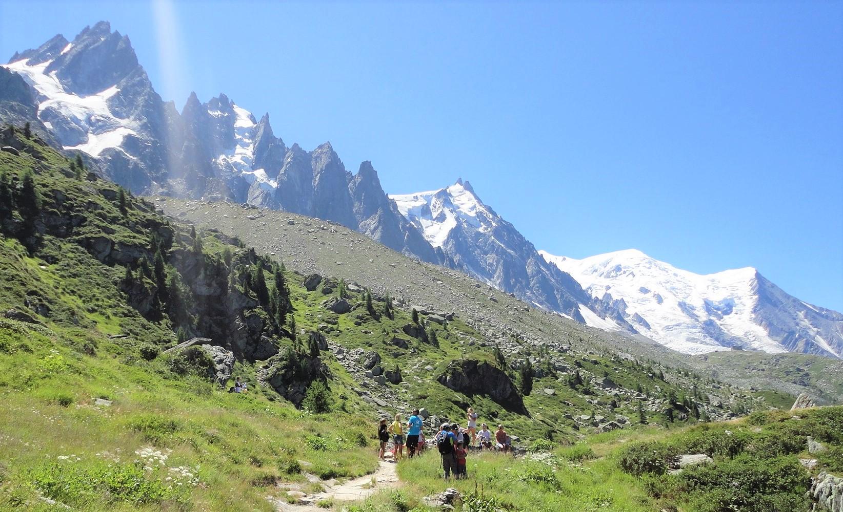 シャモニ針峰群を望むハイキング(6日目)