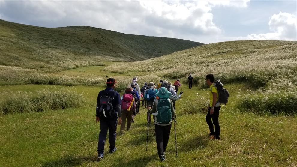鬼岳の登山道