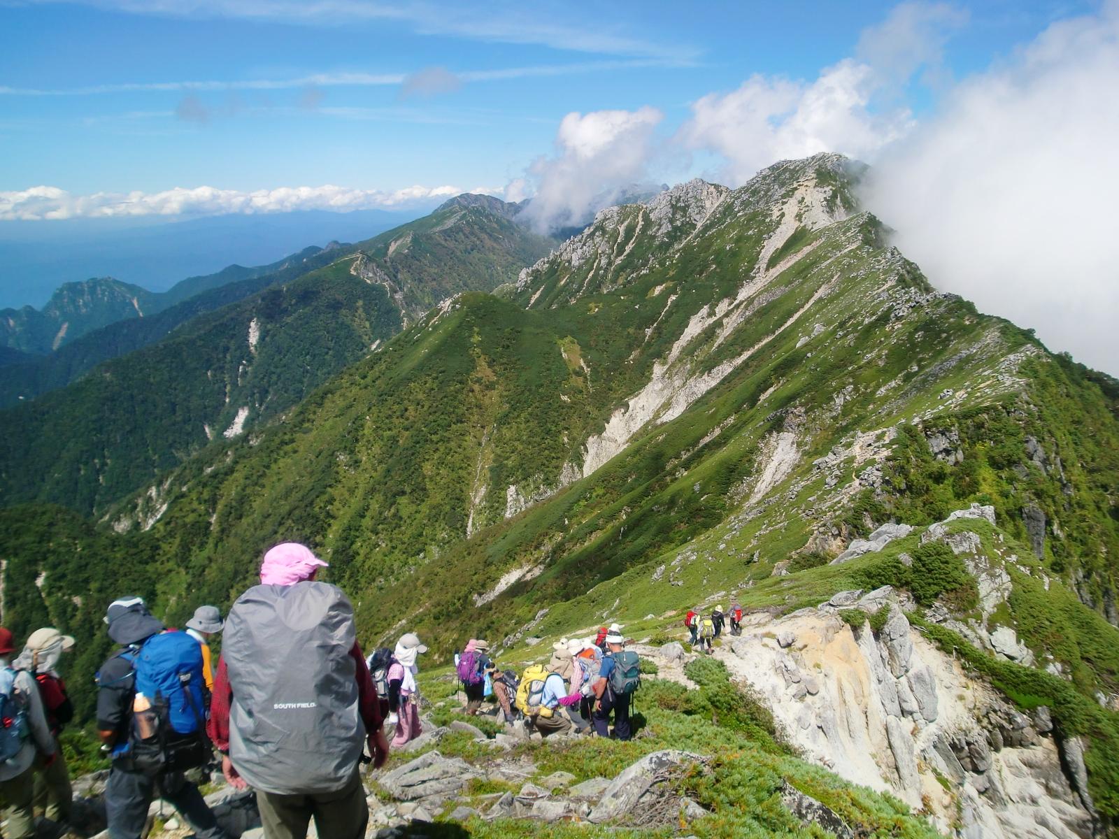 中央アルプス主稜線を空木岳方面へ