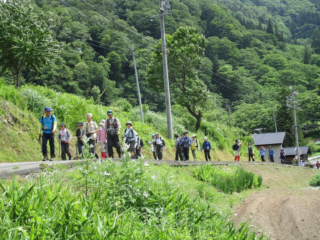 小谷村を歩く