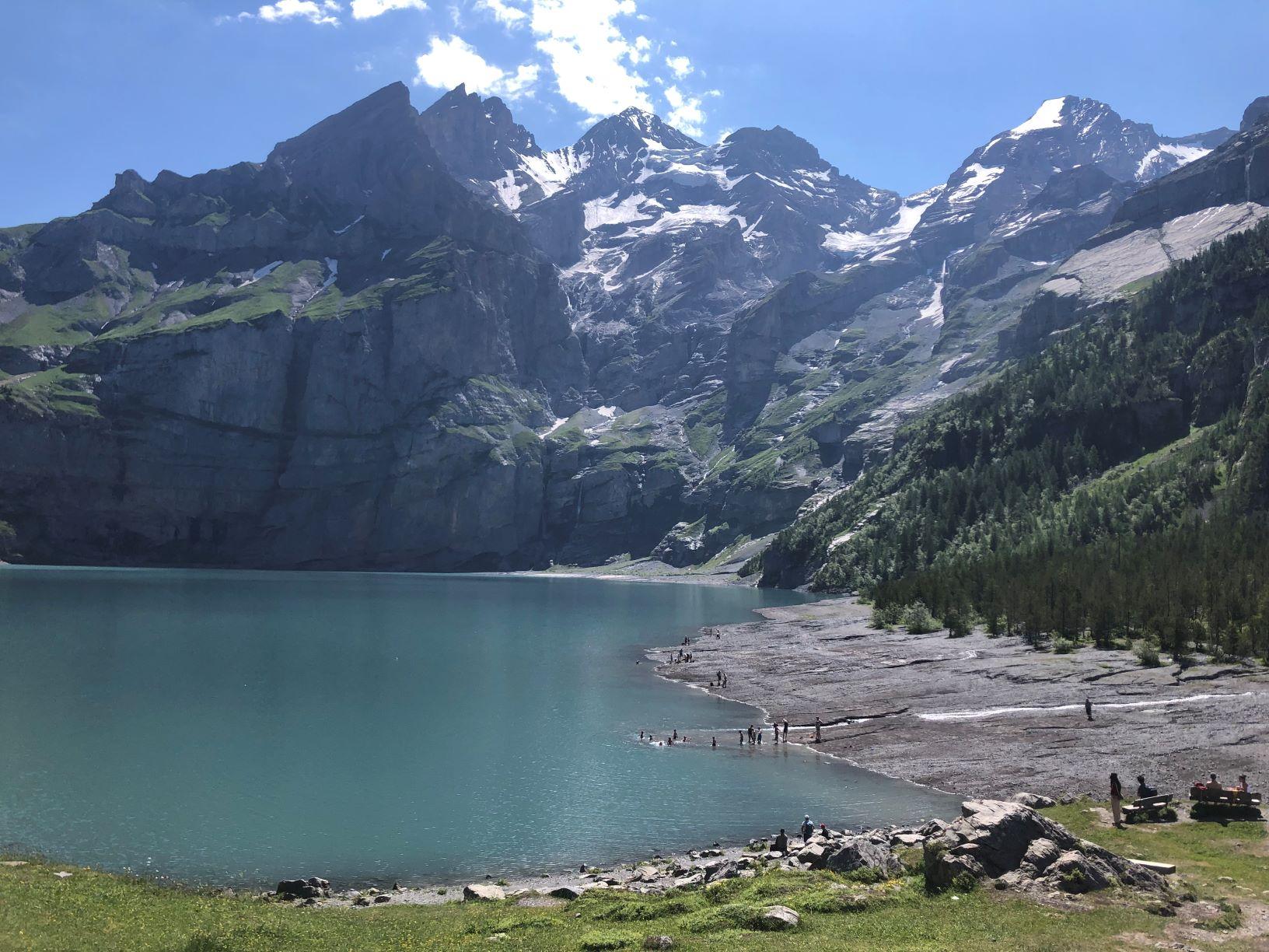 爽やかな山上湖エッシネンゼーを往復ハイキング(4日目)