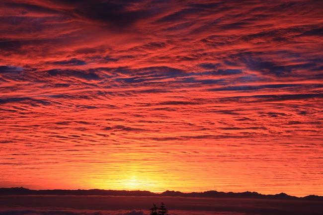 横手山頂ヒュッテからの夕焼け