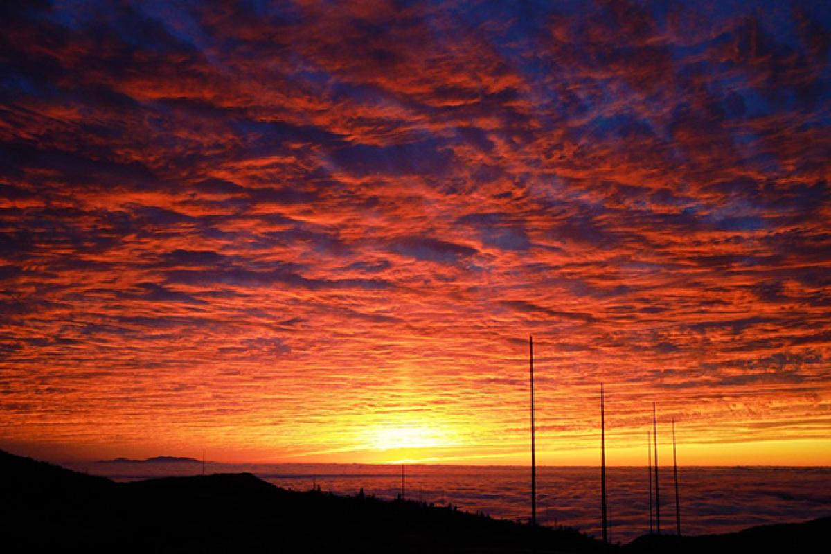 ホテル付近から見た夕陽