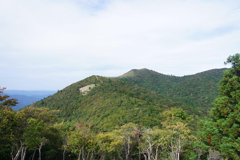 武奈ヶ岳の山頂を目指します。