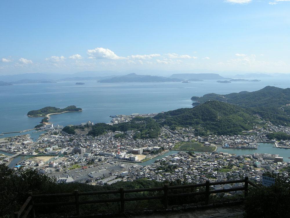 皇踏山展望台からの絶景