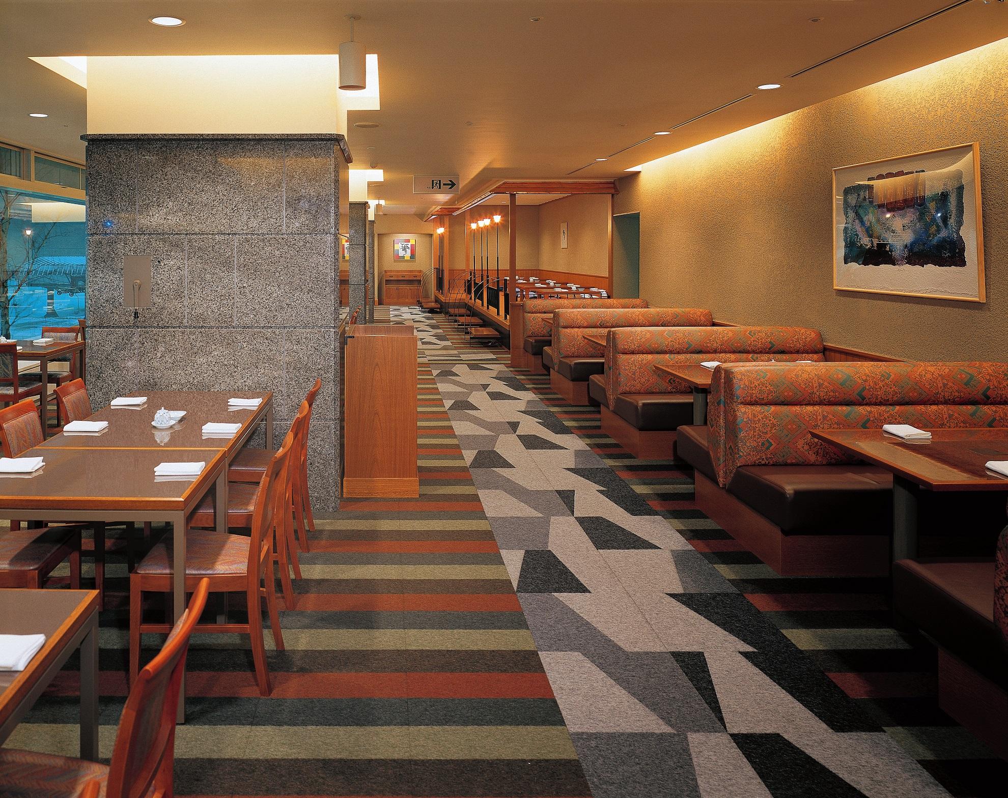 広いレストラン