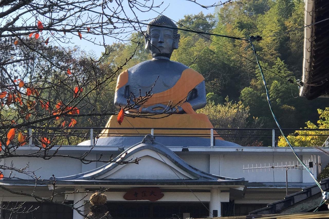 江田島の大窪寺の大仏