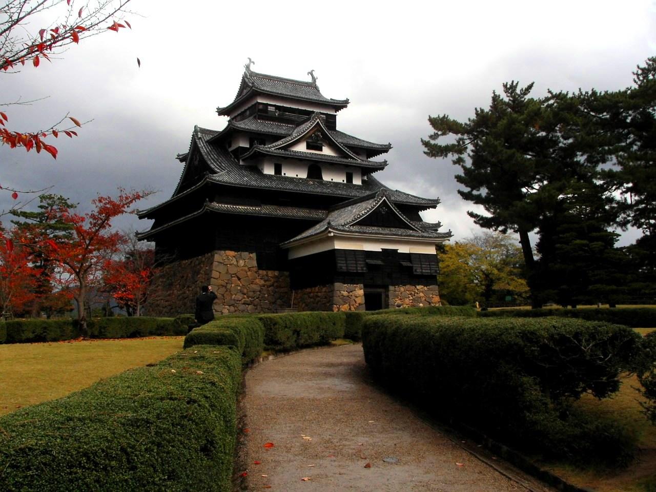 国宝松江城は、全国で現存する唯一の正統天守といわれる