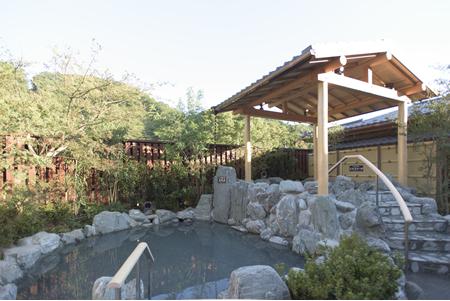 ハイキング後は京王高尾山温泉・極楽湯へ