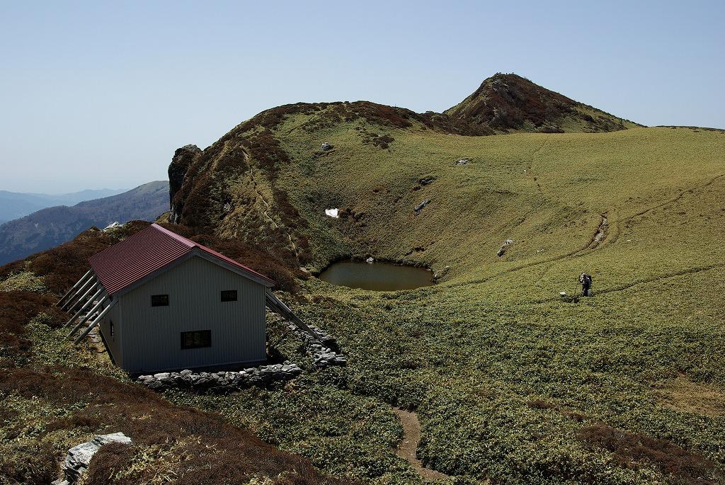 三嶺山頂部