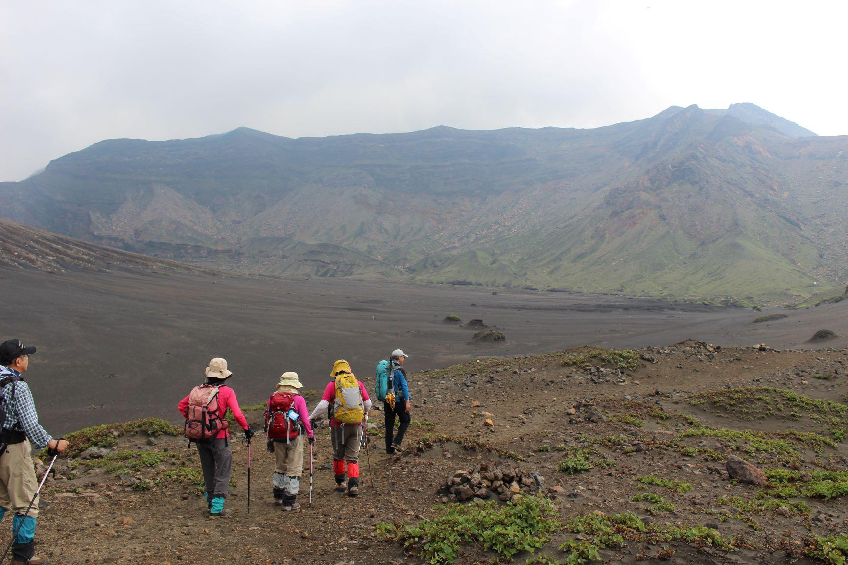 広大なカルデラが広がる阿蘇山